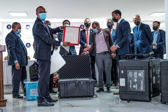 African titans Vodacom, MTN battle for lucrative Ethiopia deal