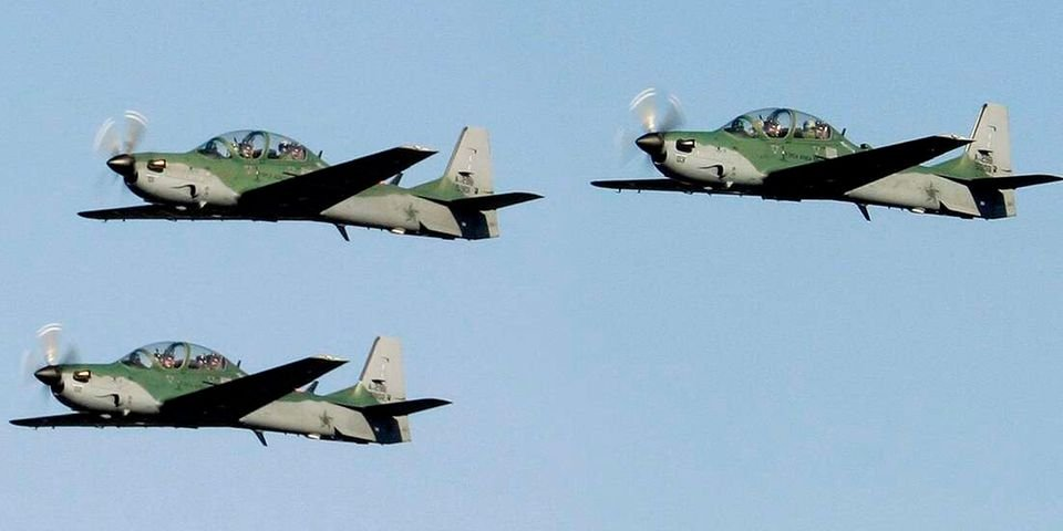 Nigeria gets fighter jets from US for anti-terror campaign